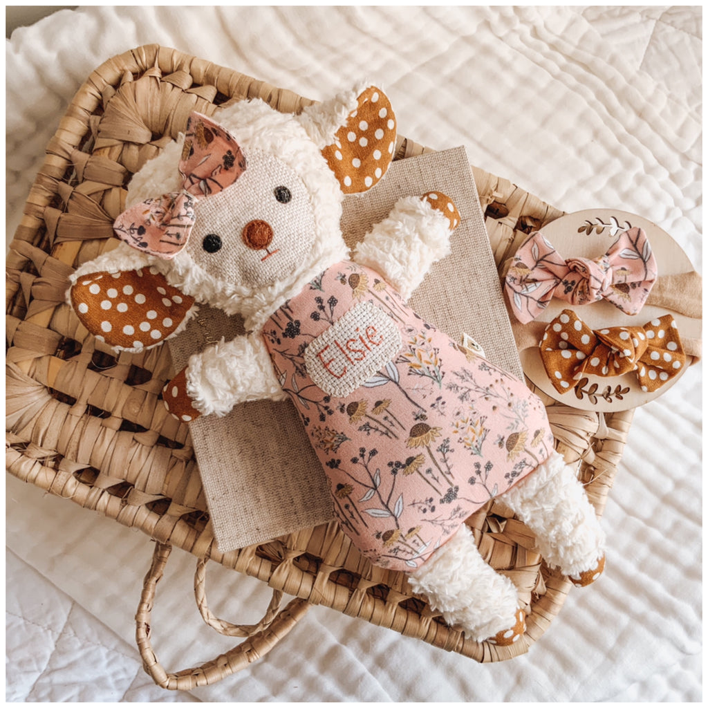 Chenille Lamb & Matching Bow Giftbox - Blush Bee