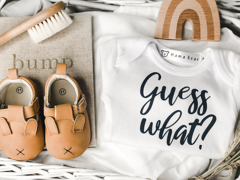 Guess what - Pregnancy Annoncement Onesie - Mama Bear