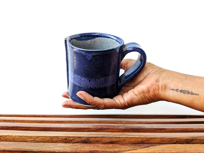 Blue Overlap Carved Mug