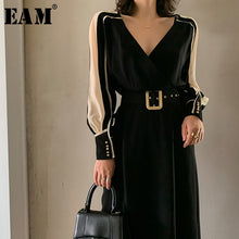 Load image into Gallery viewer, [EAM] Women Black Side Chiffon Split Elegant Dress New V-Neck Long Sleeve Loose Fit Fashion Tide Spring Summer 2020 1W498