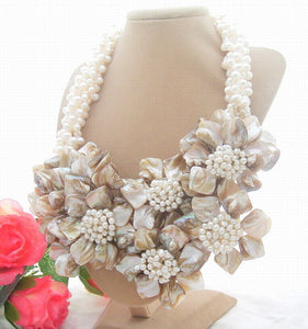 Charming! 4Strands White Pearl&Shell Flower Necklace