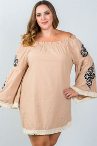 Plus Size Boho Floral Embroidered Off-Shoulder Dress
