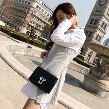 Load image into Gallery viewer, Fashion Women PU Leather Crossbody Bag Flap Over Chain Shoulder Messenger Clutch Bag Handbag