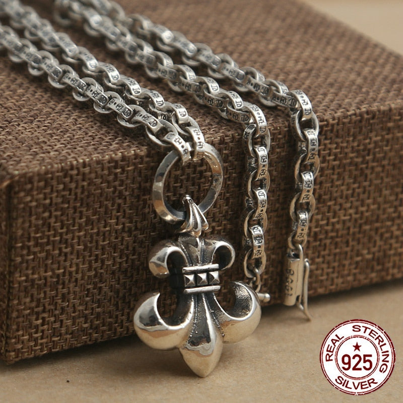 Sterling Silver Necklace Personality simple wild style mosaic of the Crusader flower pendant Classic couple style sweater chain