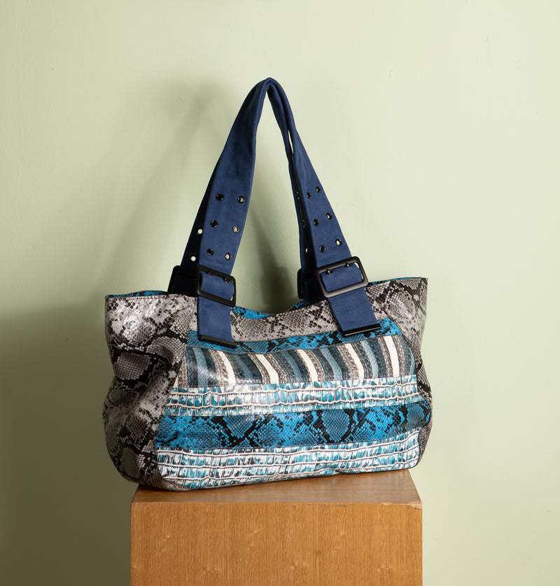 NadiaLargeToteBag_Blue