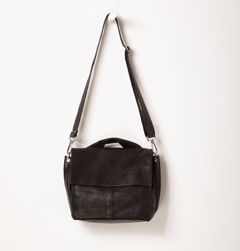 JuneLargeMessengerBag_Black (4494225834020)