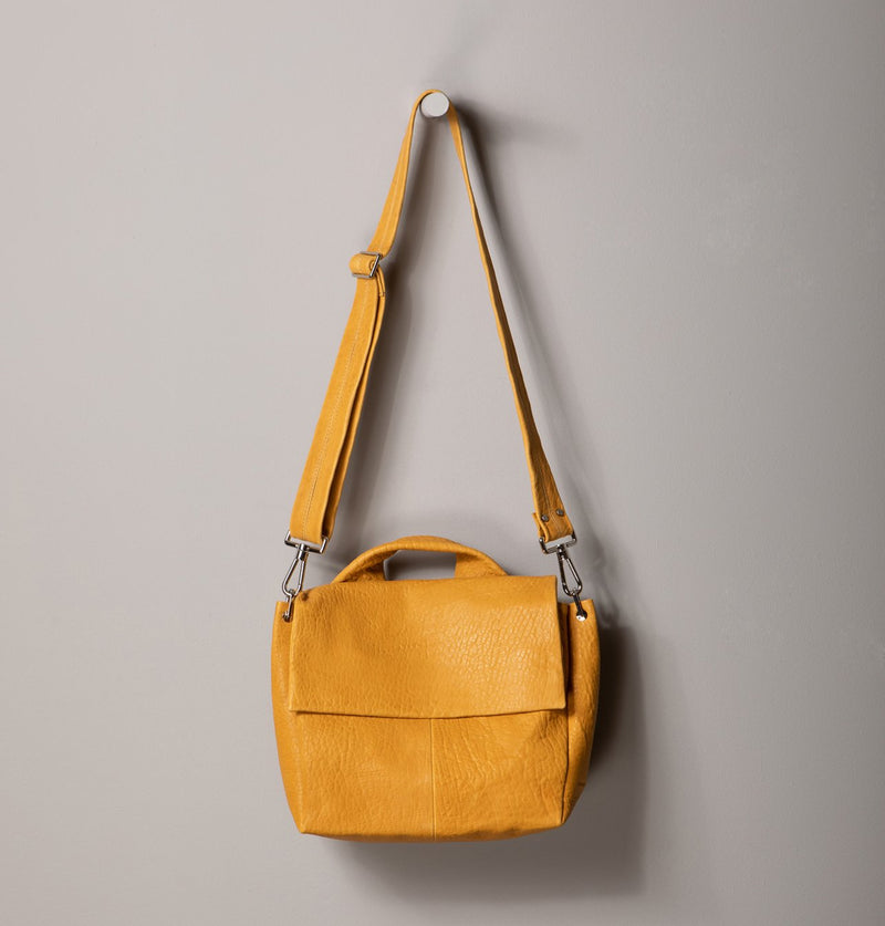 JuneLargeMessengerBag_Yellow (4494225834020)