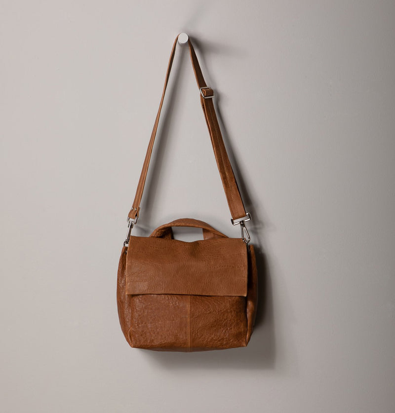 JuneLargeMessengerBag_Brown (4494225834020)