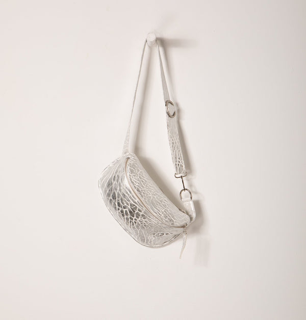 ThelmaBeltbag_Silver