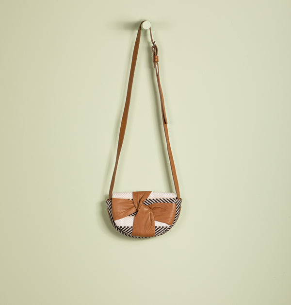 Leni Bow Straw Clutch Bag