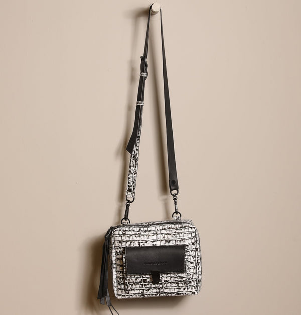 ZoeCrocoCrossbodyBag_Black