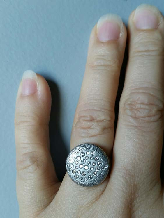Hand Palladium Riverbed Ring with Grey Diamonds