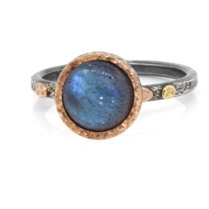 Textured Pebbles Skinny Ring with 8mm Labradorite