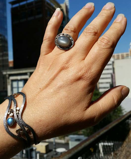 Hand Misty Night Grey Moonstone Ring