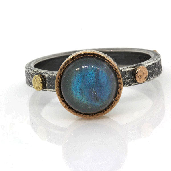 Textured Pebbles Ring with 8mm Labradorite