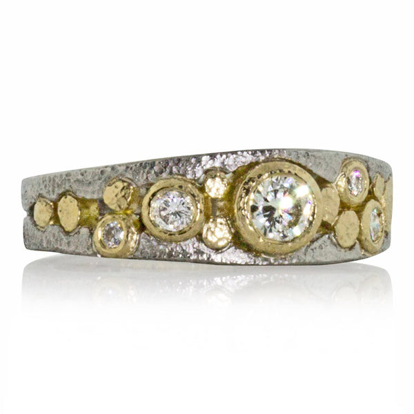 Sparkling River Pebbles Ring front