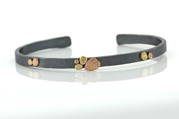 Medium Cuff Pebbles Cluster