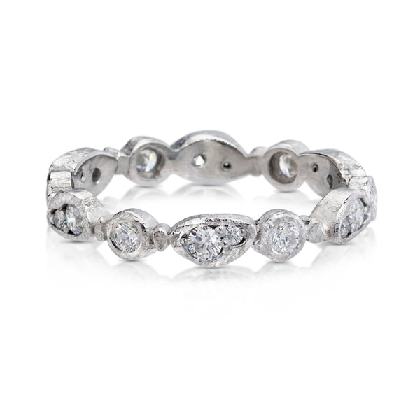 Forever Band in palladium and white diamonds