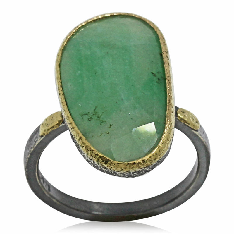 textured pebbles free form emerald ring