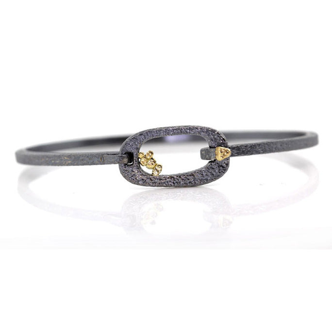 Elongated Soft Square Pond Bracelet