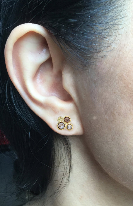 Pebble Stud Earrings with Cognac Diamonds