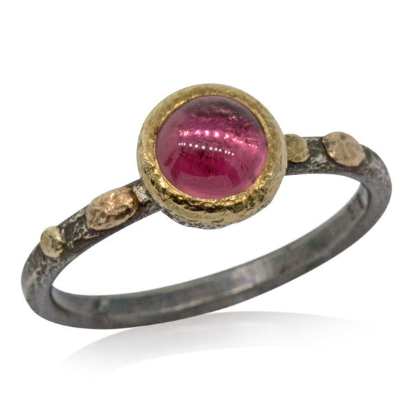 Textured pebbles ring round pink tourmaline