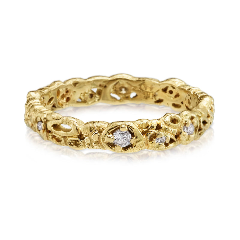 Effervescence narrow band in 18ky gold with diamonds
