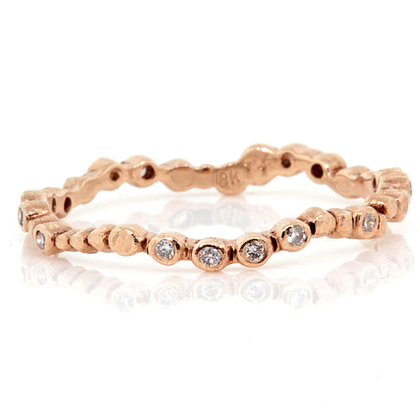 Sparkling pebbles ring in rose gold