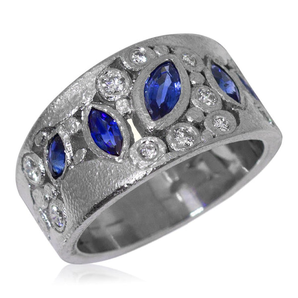 River Pebbles Sapphire Ring with Diamonds