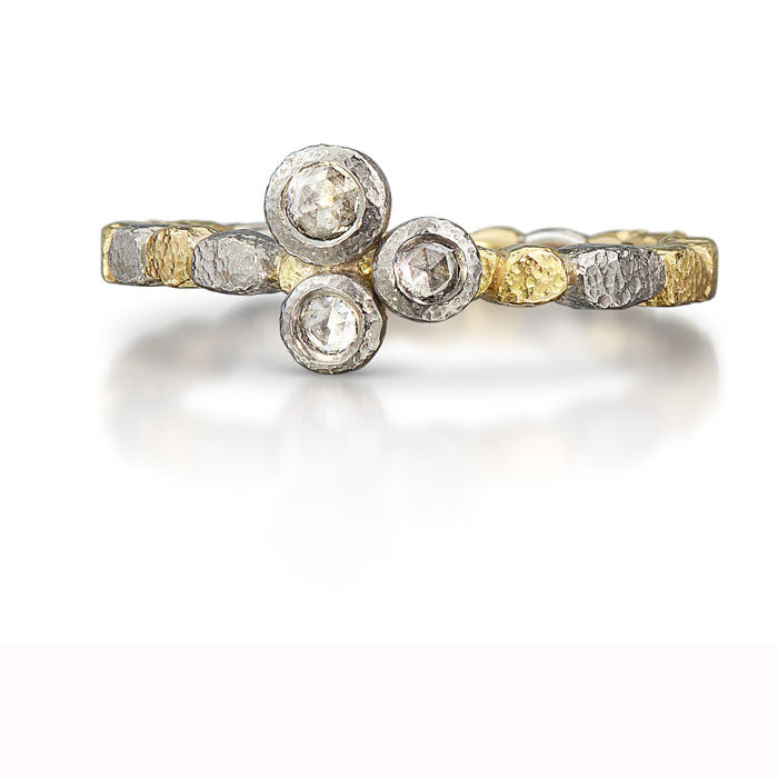 Skinny Pebbles Three Diamond Ring