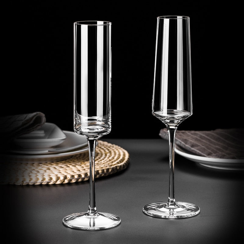 Crystal champagne Flutes - My Pretty Kitchen