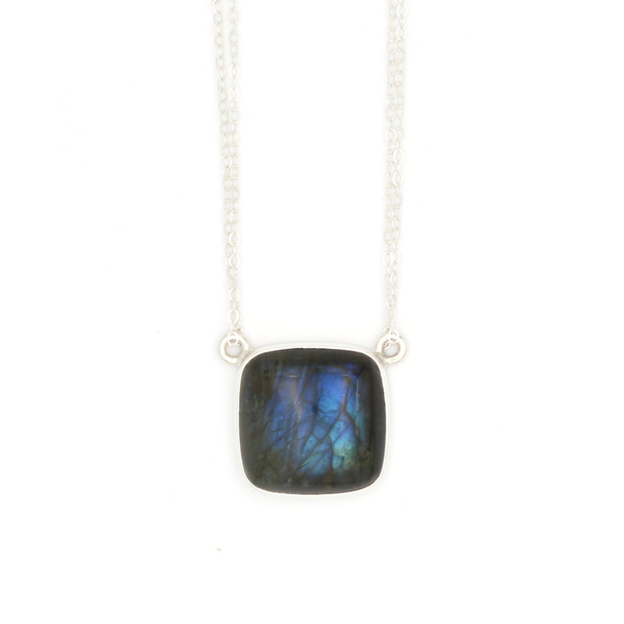 Magnetism Necklace