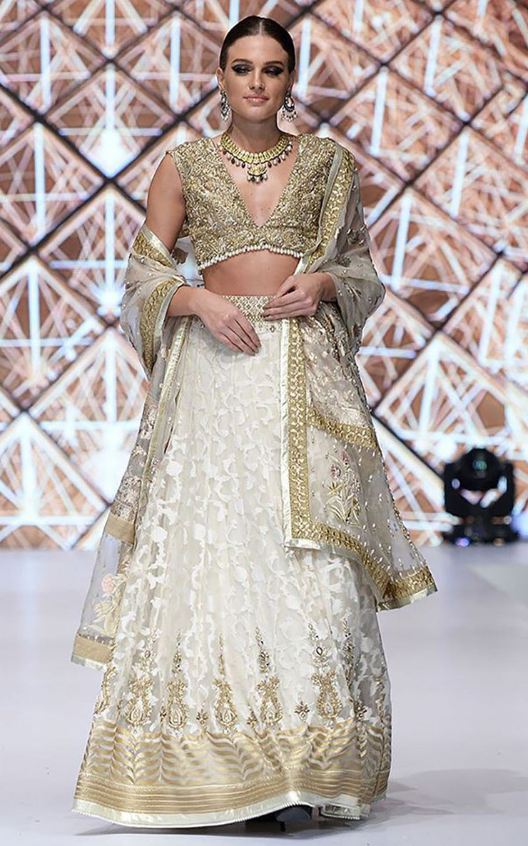 FF-015 Pakistani Bridal Gown-FABBILY