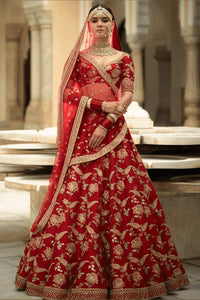 Exclusive Heavy Designer Beautiful Bridal Red Color Bridal Lehenga Choli FF114