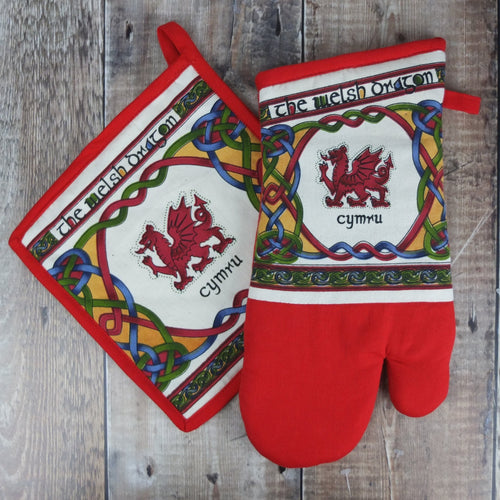 Welsh Weave Oven Glove Set