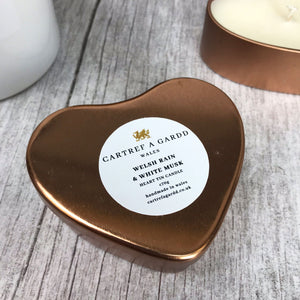 Heart Tin candle - Welsh Rain and White Musk