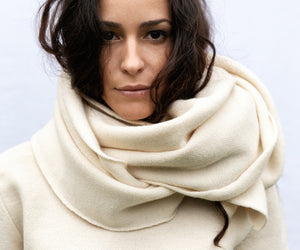 knitwear scarf in organic wool fabric natural dye MAGNOLIA white color