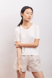 short in hemp fabric, organic cotton fabric, natural fabrics, slow fashion, eco friendly, eco materials, sustainable fashion.
