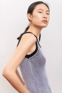 tank in knitwear in organic cotton fabric, natural fabrics, slow fashion, eco friendly, eco materials, sustainable fashion.