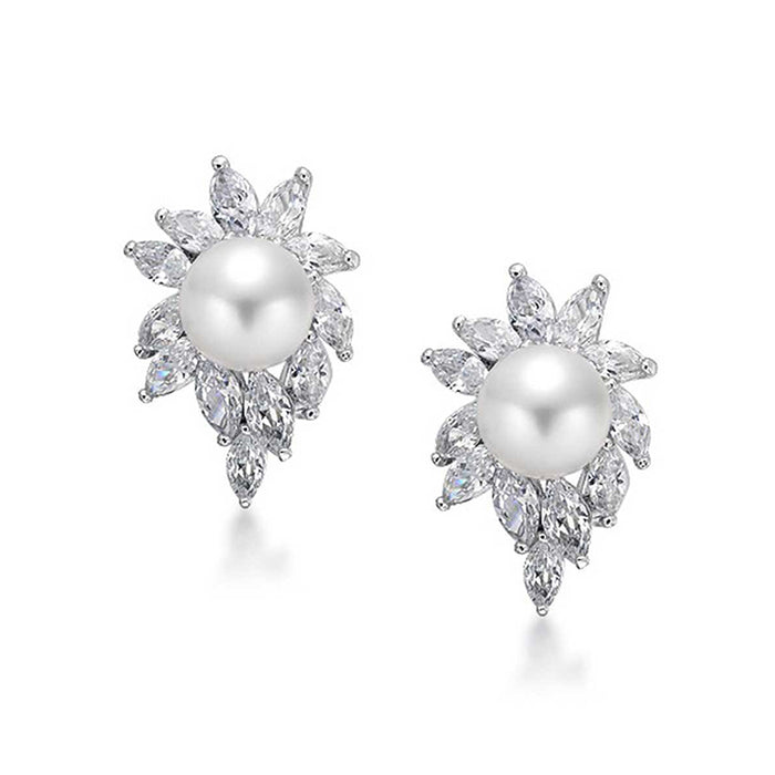 Cluster Flower Pearl Stud Earrings