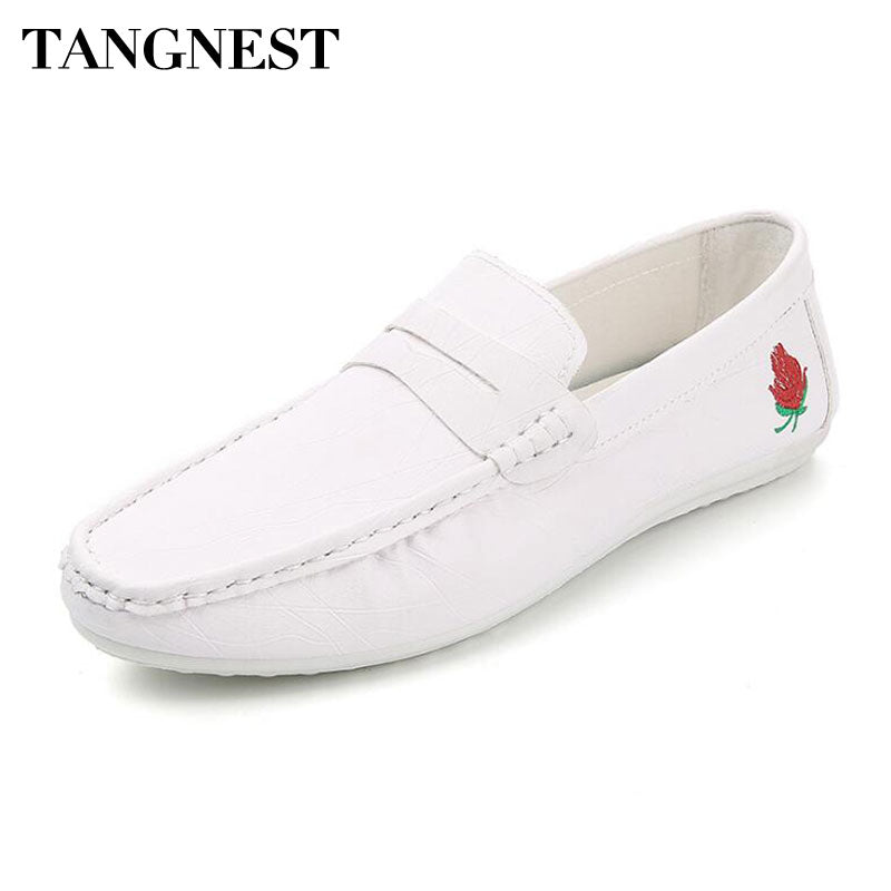 Tangnest NEW 2018 Men Embroidery loafers Fashion Round Toe Shallow Driving Shoes Man Comfortable Slip-on Flats Moccasins - Next New Fashion