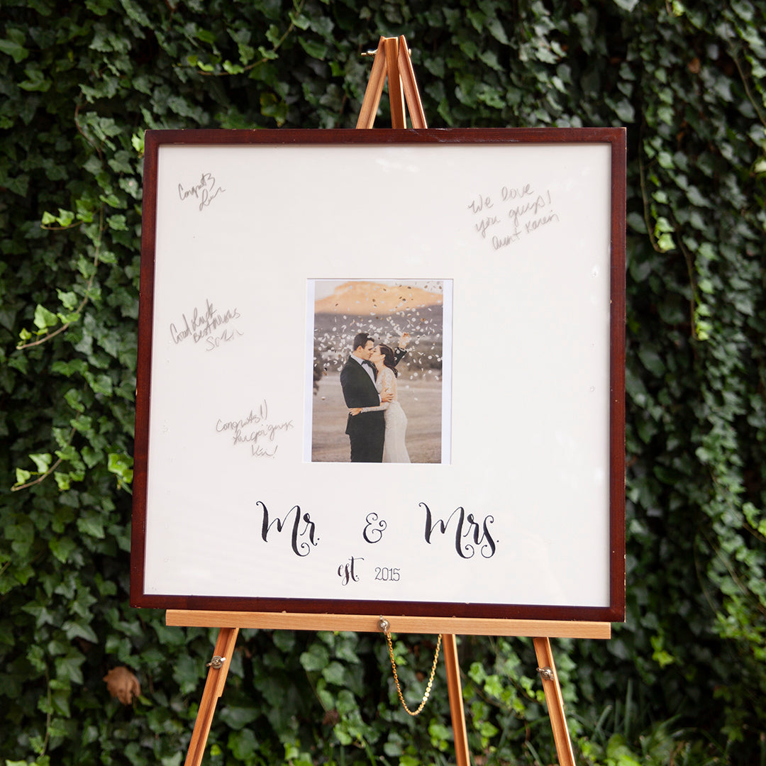 How to Easily Create One-of-a-Kind Wedding Gifts