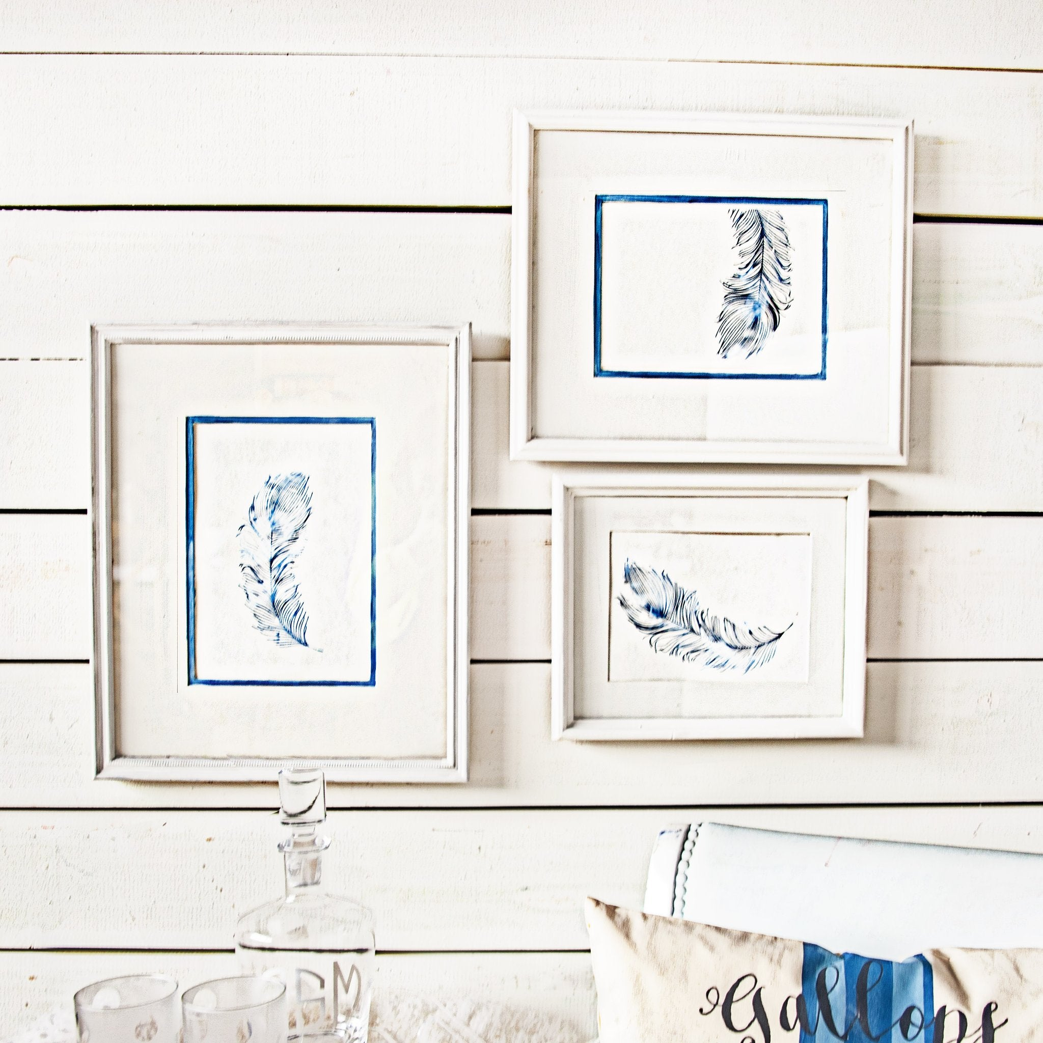 DIY FEATHER ART AND FRAME