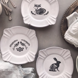 DIY Folk Art Plates