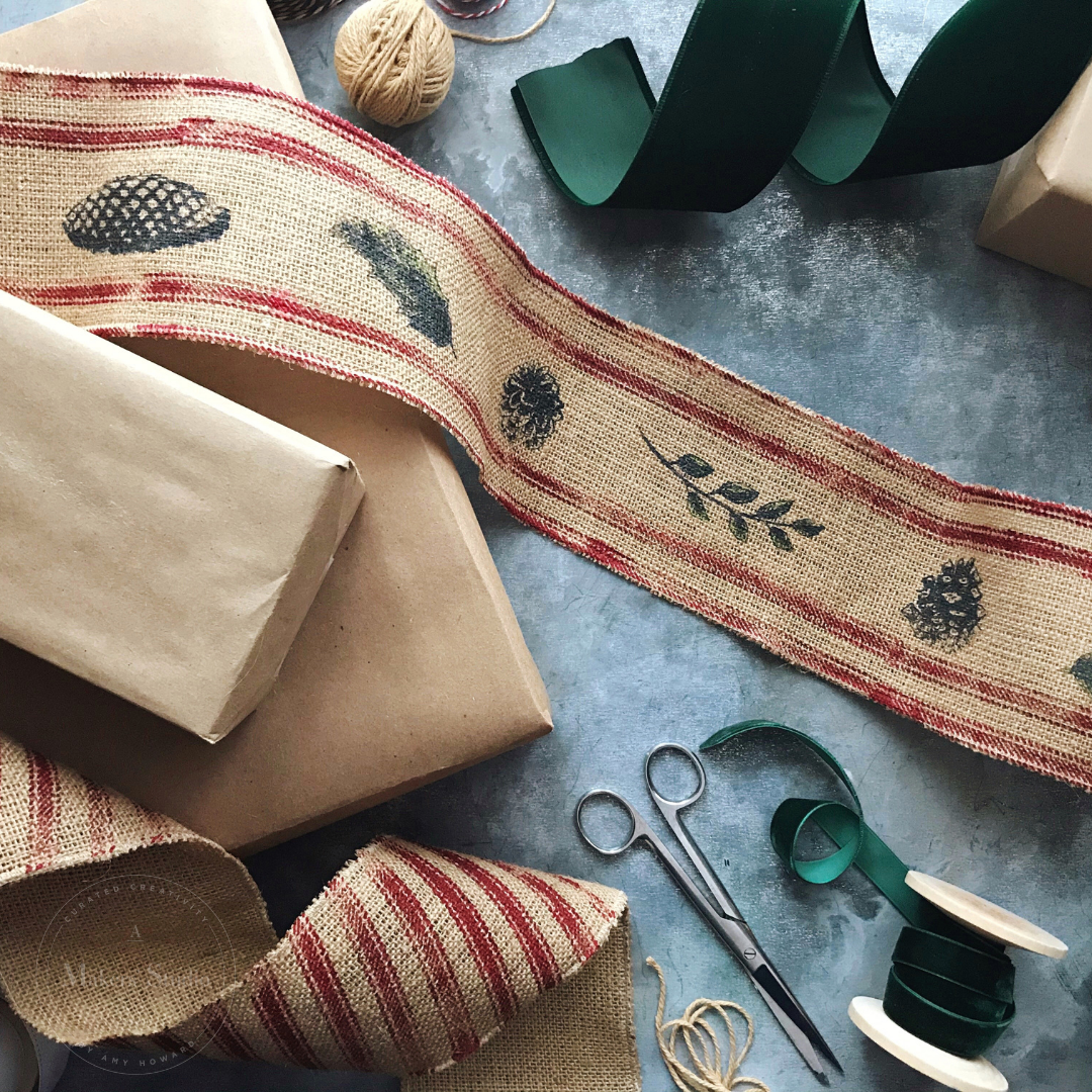 DIY BURLAP BANNER FOR CHRISTMAS