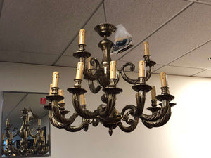 "15 Light Classic Brass Chandelier for Indoor Lighting 32"" x 31"""