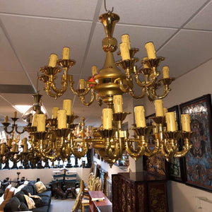 "36 Light Classic Gold Chandelier for Indoor Lighting 32"" x 31"""