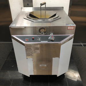 "Toastmaster Ceramic Tandoor Oven TCT-1627 Stainless Steel, 30"" by 34"", Gas (NAT/LP)"