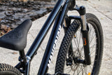 Maverick Saddle & Seat Post
