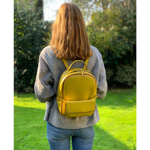 Load image into Gallery viewer, Scarlett Backpack Lemon & Lemon